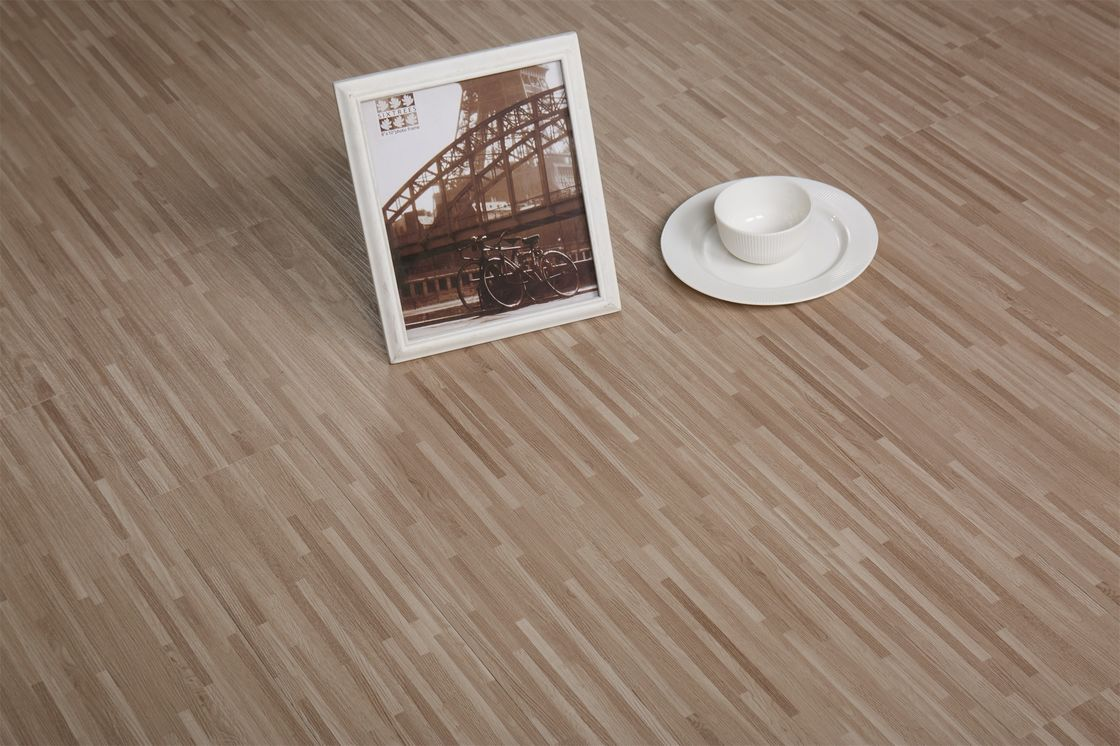 Noise Absorb luxury vinyl tile flooring Slip Resistance For Kids And The Aged Family