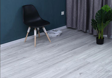 Grey Wood LVT Plank Flooring Thickness 5.0mm Waterproof Easy Installation