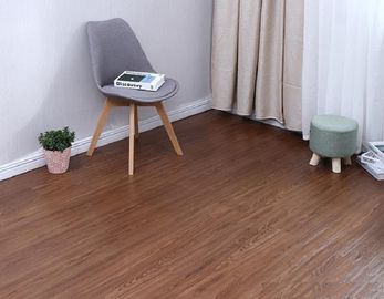 CE Certificate LVT Plank Flooring With Wear Layer 0.3mm Oak Wood Color